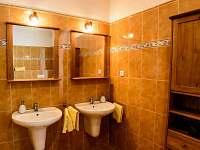 koupelna žlutý apartmán