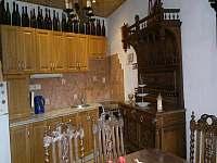 Kuchyně - pronájem chalupy Rohanov