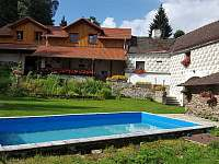 Venkovní bazén na zahradě - Rohanov