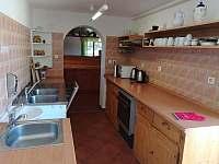kuchyň u spol. místnosti - Bezděkov nad Metují