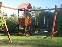 Dětské hřiště - chata ubytování Bílá Třemešná