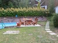 Zahradní sezení - chata k pronajmutí Bílá Třemešná