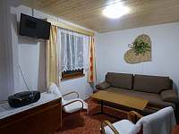 Obývací pokoj - pronájem chaty Seč