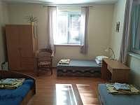 pokoj v přízemí - chata ubytování Bakov - Studnice u Náchoda
