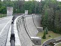hráz přehrady Pařížov - Seč - Kraskov