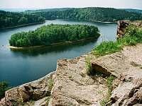 ostrov sečské přehrady z Ohebu - Seč - Kraskov