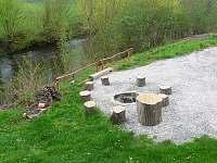 ohniště - chata ubytování Brod - Heřmanice nad Labem