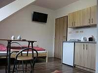 Bytové studio č.3 s vlastním sociálnim zařízením pro 2 osoby - Helvíkovice
