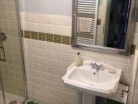 koupelna - chalupa k pronajmutí Semín