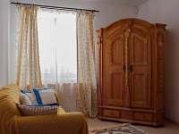 obývací pokoj - chalupa k pronájmu Semín