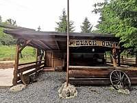 saloon - kryté venkovní posezení - Doly