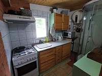 Taverna kuchyňka+sprcha - apartmán k pronájmu Doly
