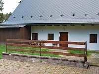 dvůr - chalupa ubytování Borušov - Svojanov