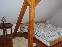ložnice vrchní - chalupa k pronajmutí Borušov - Svojanov