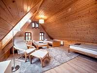 Ložnice 1 - chalupa ubytování Otovice u Broumova