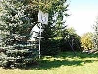 Zahrada - chata k pronájmu Doubravice