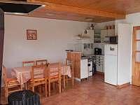 Kuchyň - chata k pronájmu Doubravice