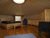 vnitřek jurty - Dlouhá Třebová