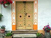 Vchodové dveře - apartmán k pronájmu Machov - Nízká Srbská
