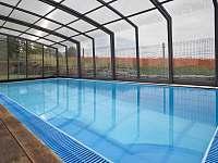 zastřešený bazén ( celodenní vstup v ceně pobytu) - ubytování Nové Město nad Metují
