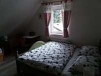 4-lůžkový pokoj - pronájem chalupy Žacléř