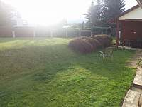 Zahrada - chalupa k pronájmu Žacléř