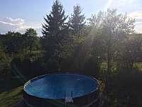 Bazén zahrada - chalupa ubytování Ruprechtice