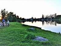 Apartmány Nasavrky, místní Horní rybník nabízí koupání a krátké výlety -