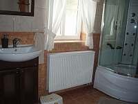 koupelna v patře - Hlavňov