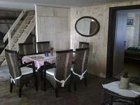 společenská místnost - chalupa ubytování Zábrodí