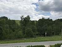 Pohled z horní terasy před chatu 2 - Svojanov