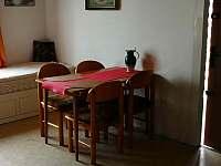 Jídelní stůl - Skořenice - Vrchovina