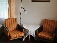 Posezení - retro křesla - Skořenice - Vrchovina
