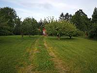 Zahrada - pronájem chaty Skořenice - Vrchovina