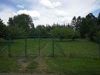 Zahrada - příjezdová brána - Skořenice - Vrchovina