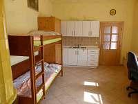 ložnice pro čtyři osoby - rekreační dům k pronájmu Hajnice