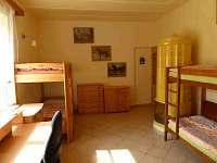 ložnice pro čtyři osoby - rekreační dům ubytování Hajnice