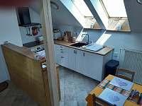 Kuchyň ve společné hale - Šeřeč