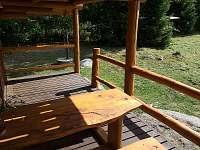 venkovní terasa - srub ubytování Machovská Lhota