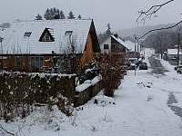 v zimě - chata k pronajmutí Bojanov
