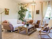 obývací pokoj v přízemí