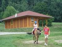 možnost vyjížďky na koni, chata č. 17