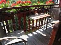 Balkón z ložnice - chata k pronajmutí Opatov Zádolka