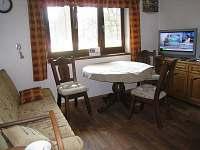 Jídelna - chata ubytování Opatov Zádolka