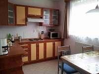 kuchyň - chata ubytování Horní Jelení