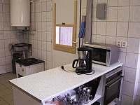 Vybavení kuchyně - pronájem chatek Náchod