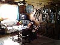 Obývací pokoj, spol. místnost