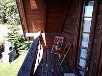 Posezení na balkónu