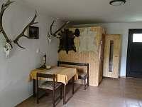 Odpočinková místnost se saunou a s přímým východem k potoku - chalupa k pronájmu Hřibojedy - Hvězda