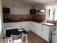 Kuchyně s myčkou - chalupa ubytování Jívka u Adršpachu